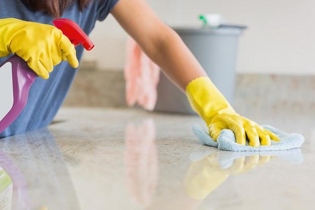 Restriction des produits biocides destinés aux ménages