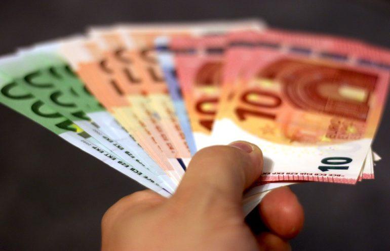 En France 7 embauches sur 10 sont des CDD de moins d'un mois : instauration d'un bonus / malus ! 💶